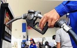 Giá xăng tiếp tục tăng thêm hơn 300 đồng/lít kể từ 15 giờ chiều nay
