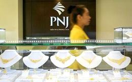 Giá vàng giảm mạnh theo thế giới