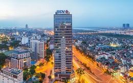 Forbes lần đầu công bố 100 công ty đại chúng lớn nhất Việt Nam: Vietcombank quán quân về lợi nhuận, BIDV đứng đầu về tổng tài sản