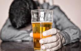 """Việt Nam """"vô địch"""" uống bia, nhưng lợi nhuận Bia Hà Nội đang ở mức thấp nhất trong nhiều năm"""