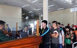 Gần 5 vạn khách Trung Quốc du lịch Tết qua cửa khẩu quốc tế Móng Cái