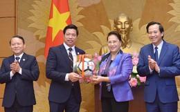 Văn Phú – Invest được Chủ tịch Quốc hội vinh danh bởi những đóng góp tích cực vì cộng đồng
