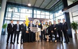 Mercedes-Benz An Du bàn giao 5 xe Mercedes-Benz cho đối tác Avis Việt Nam.