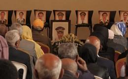 Nước mắt hoà chung sự phẫn nộ trong đám tang của phi công Ethiopian Airlines xấu số