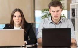 """4 dấu hiệu điển hình của một người đồng nghiệp tồi: Đáng tiếc chúng ta thường vô tình mắc phải mà không biết rồi bị """"ghét cay đắng"""" sau lưng"""