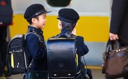 """Muốn trẻ tự lập từ bé, hãy học cách """"cứng rắn"""" như cha mẹ Nhật: Cho con đi dã ngoại """"bí mật"""", để con tự dọn dẹp chẳng cần đến lao công!"""