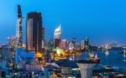 """Bất động sản cao cấp tại TP.HCM """"sốt"""" vì khách mua Trung Quốc, Bloomberg nêu lý do các nhà đầu tư nên thận trọng"""