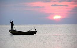 Biển cả có lúc bão bùng, cuộc đời cũng có lúc lên xuống: Ghi nhớ 3 câu này làm kim chỉ nam, bạn sẽ vững tay lèo lái con thuyền cuộc đời