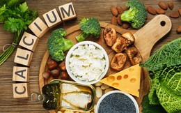 Bổ sung 10 loại thực phẩm giàu canxi hơn cả một ly sữa này để xương luôn chắc khỏe, dẻo dai