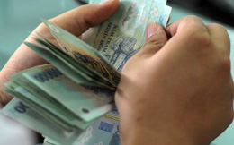 Thực trạng thanh toán ở Việt Nam nhìn từ hình ảnh một người mua nhà nhưng trả bằng vàng và...bao tải tiền mặt