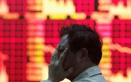 """""""Bóng ma"""" chiến tranh thương mại trở lại, chứng khoán Trung Quốc mất hơn 5% giá trị"""