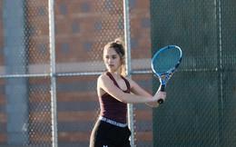 Ngỡ ngàng trước vẻ đẹp tựa thiên thần của nữ tay vợt 14 tuổi, gương mặt đủ sức thay thế tượng đài nhan sắc đình đám Maria Sharapova