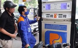 Giá xăng tăng vào ngày mai?