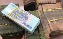 Tiền gửi của doanh nghiệp ở ngân hàng sụt giảm hơn 54.000 tỷ