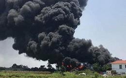 Clip: Cơ sở thu mua phế liệu ở Thái Bình bốc cháy dữ dội giữa trưa Rằm tháng 7