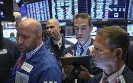 Thị trường trái phiếu lại phát đi tín hiệu đáng lo ngại về suy thoái, các chỉ số lớn đánh mất đà tăng trước đó, Dow Jones mất gần 150 điểm