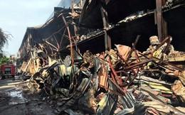 Cảnh hoang tàn sau vụ cháy Công ty bóng đèn phích nước Rạng Đông