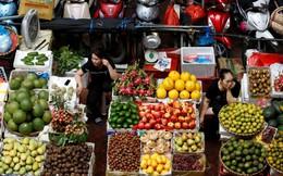 """Chợ truyền thống """"chết dần"""" ở nông thôn nhưng vẫn sống ổn ở thành thị?"""