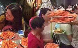 Những chuyện cười ra nước mắt khi đi ăn buffet: Đừng để giá miếng ăn cao lên, giá trị nhân cách hạ xuống