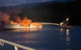 Tìm thấy 25 thi thể trong vụ cháy tàu du lịch ở Mỹ