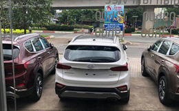 Hyundai Santa Fe 2019 ồ ạt về đại lý trước ngày ra mắt: Xe nhiều nhưng vẫn kênh giá 100 triệu đồng