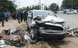 """Người lái ô tô """"điên"""" tông liên hoàn 4 xe, làm 2 vợ chồng tử vong tới công an trình diện"""
