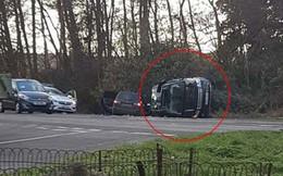 Vận xui đeo bám Hoàng gia Anh: Chồng Nữ hoàng gặp tai nạn xe hơi nghiêm trọng, trong đó có trẻ 10 tháng tuổi