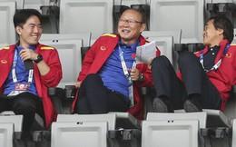 """""""Chạy nước rút"""" về động viên U22 Việt Nam, HLV Park Hang-seo được báo Hàn Quốc khen ngợi"""