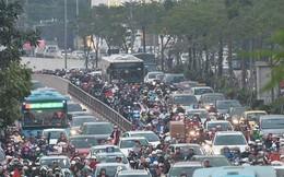 Hà Nội: Các tuyến phố nội đô ùn tắc cục bộ sau ngày làm việc cuối năm