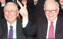 """Bền chặt như Warren Buffett và tỷ phú 95 tuổi Charlie Munger: Làm cùng nhau từ niên thiếu, 60 năm chưa từng cãi lộn và không ai định nghỉ hưu dù ở tuổi """"xưa nay hiếm"""""""