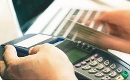 Rút tiền mặt từ thẻ tín dụng qua máy POS: Phạm pháp và nhiều rủi ro