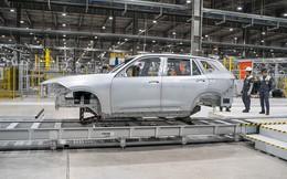 VinFast lại chơi lớn, đem xe tới Geneva Motor Show 2019 khi Lux chỉ còn 2 ngày nữa là hoàn thiện chiếc đầu tiên lắp ở Việt Nam