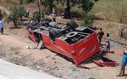 Hiện trường thảm khốc vụ xe chở du khách nước ngoài lao xuống vực ở Bình Thuận