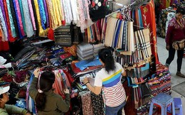 Hàng ngoại lộng hành gắn mác 'made in Vietnam'