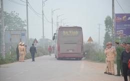 """Vụ tai nạn 7 người chết: """"Cố gắng báo hiệu nhưng tài xế vẫn lao tới"""""""