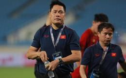 HLV thủ môn U23 Việt Nam kiêm luôn chăm sóc y tế và đây là lý do khiến mọi người bất ngờ