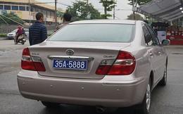 Vụ xe ô tô công đeo 2 biển số tại Ninh Bình: Đề nghị thu hồi một biển kiểm soát