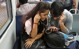 Tại sao giá dữ liệu di động tại Ấn Độ rẻ nhất thế giới?