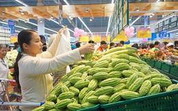 Loại bỏ cá, rau...không đạt chuẩn ra khỏi toàn bộ siêu thị