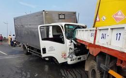 Dừng xe kiểm tra sự cố, bị xe tải khác tông bất ngờ, 2 người chết