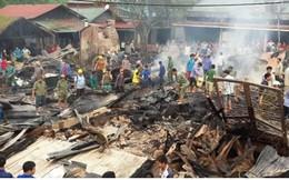 Hỏa hoạn thiêu rụi 6 cửa hàng, kho hàng tại chợ Nậm Cuổi (Lai Châu)