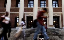 """Sinh viên """"nhạy cảm"""" Trung Quốc hẹp cửa ở Mỹ"""