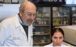 """""""Vaccine"""" chữa ung thư sẽ có trong 1-2 năm nữa?"""
