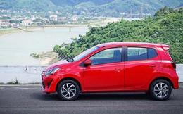 Giá ô tô nhập khẩu về Việt Nam giảm gần một nửa sau 1 tháng
