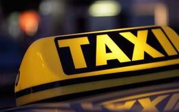 Gắn mào xe công nghệ: Lo ngại bùng phát 'taxi dù'
