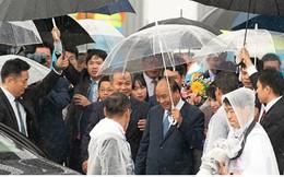 Hình ảnh đón Thủ tướng và Phu nhân tại sân bay Kansai, Nhật Bản