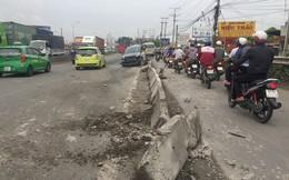Ba ô tô biến dạng sau tai nạn liên hoàn, quốc lộ 1A kẹt cứng