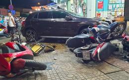 Nhân chứng kể phút nữ tài xế lái ô tô Mercedes đâm hàng loạt xe máy, 6 người bị thương ở TP.HCM