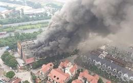 Hà Nội: Cháy lớn ở Thiên đường Bảo Sơn, dãy nhà liền kề bị thiêu rụi
