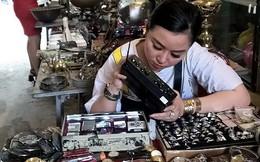 Dạo chợ đồ cổ độc nhất Sài Gòn mỗi tuần chỉ họp một phiên
